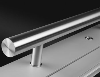 Dettaglio maniglione per pannelli per portoncini d'ingresso